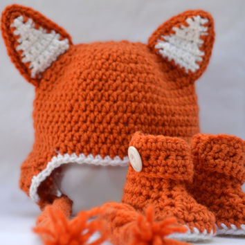 Crocheted baby Fox hat and booties Halloween set, costume, photo prop
