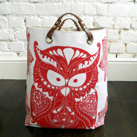 Starry Owl hamper with leather handles Rouge