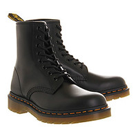 Dr. Martens 8 Eyelet Lace Up Bt Black - Ankle Boots
