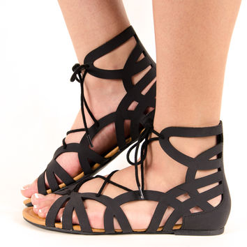 Gladiator Lace Up Flat Sandal In Black – Chica's Shoetique