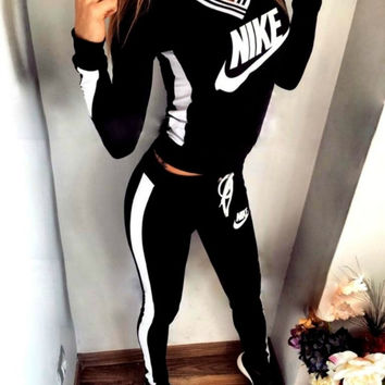 Black Letters Long Sleeve Shirt Sweater Pants Sweatpants Set Two-Piece Sportswear
