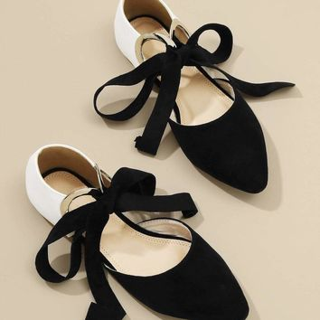 Jbellan O-Ring Knot Detail Point Toe Flats