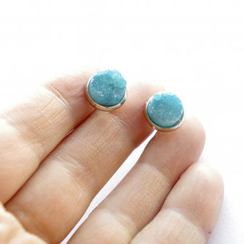 Turquoise blue sparkle druzy earrings. Druzy Quartz Stud earrings. Small super sparkly mint stone summer post earrings.