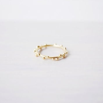 Berry Branch Ring (Gold)