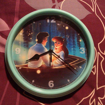 Ariel & Eric Kiss the Girl Clock