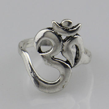 2016 New Hindoo Jewelry OHM Hindu Buddhist AUM OM Ring Hinduism Yoga India Outdoor Sport Women Men Ring Religious Symbol Jewelry