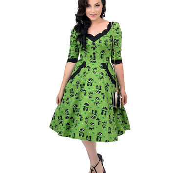 Voodoo Vixen 1950s Style Green & Black Three-Quarter Sleeve Raining Cats Swing Dress