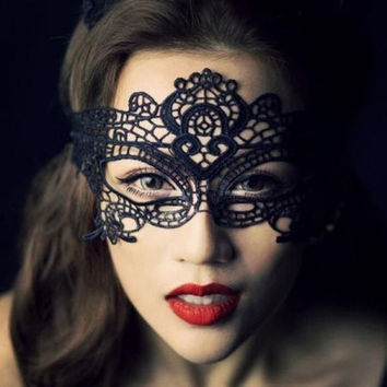 Halloween Masquerade Sexy Lady Black Lace Mask hollow out Catwoman Batman veil = 1928048260