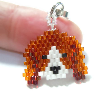 Seed Bead Beagle Zipper Pull, Beaded Lanyard Charm, Brick Stitch Jewelry