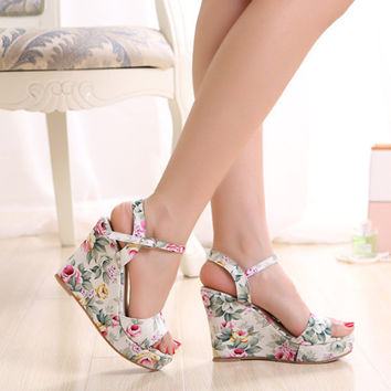Hot Sale Famous Brand Desigual Summer Women Shoes 2015 Wedges Sandals Fashion Floral High Heeled Sandalias Zapatos Mujer BX-15