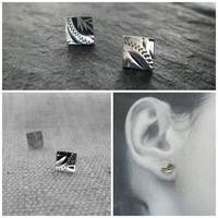 Sterling Silver Engraved Square Stud Earrings.  Vintage Sterling Silver.