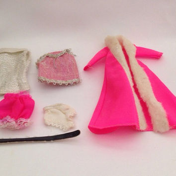 Vintage 8 Piece Barbie Wardrobe