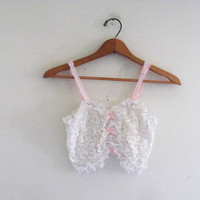 20% OFF SALE... Vintage lace bra top. cropped tank top. ruffle bralet