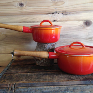 Vintage Pair of Descoware Belgium Sauce Pots Orange Flame 80-C 18 and 80-A 14 with Lids 1.5 Qt and .75 Qt - Le Creuset Cast Iron Enamelware