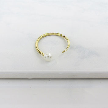 MODERN PEARL RING