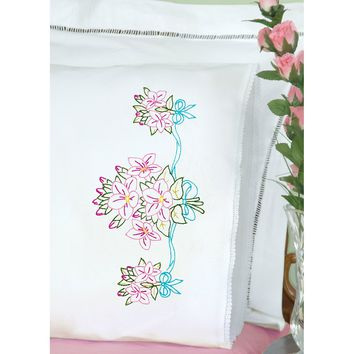 Star Flower Bouquet Jack Dempsey Stamped Pillowcases W/White Lace Edge 2/Pkg
