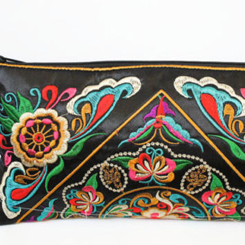 Black flora fantasy Hmong clutch wristlet embroidered purse pull zipper hill tribe tribal women cotton