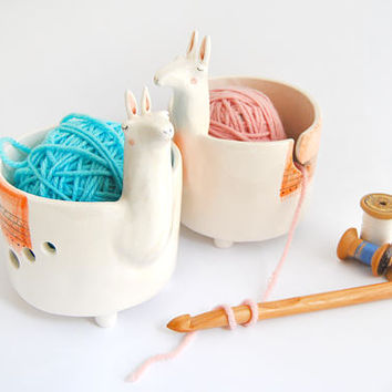 Ceramic Yarn Bowl, Llama Shape. Ceramic Knitting Bowl, Llama Crochet Bowl with orange Blanket. Made To Order
