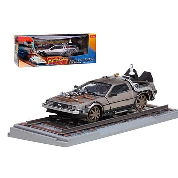 """Delorean From Movie \Back To The Future 3\"""" Railroad Time Machine 1/18 Diecast Model Car by Sunstar"""""""
