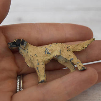 Miniature Setter Dog Figurine/ Mini Dog/ Pointer Dog/ Miniature Dog Figurine/ Cast Metal Dog/ Hunting Dog/ Lead Toy/ Paperweight/ Retriever