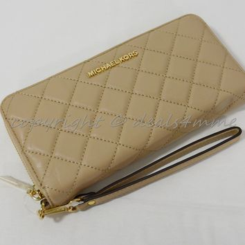 Michael Kors Quilted Leather Continental Zip Around Wallet/Wristlet in Bisque