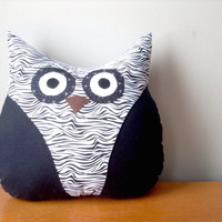 Black and White Zebra Print Owl Pillow, Owl Cushion, Decorative Pillow, Owl Decor, Animal Pillow, Owl Plush, Plush Owl