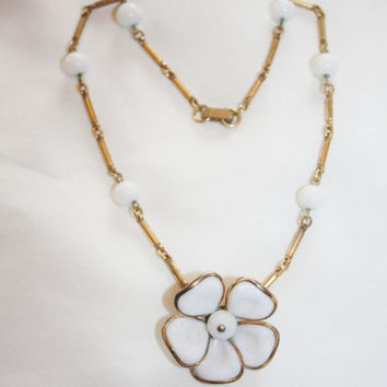Spring Sale Vintage Trifari Necklace White Poured Millk Glass Daisy 1950s Jewelry
