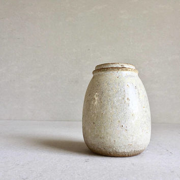 WHITE LIDDED BOTTLE 16 oz, ceramic, pottery, handmade, coffee jar sugar jars, ceramic lidded jar, container, white bottle, storage, spice