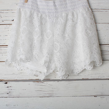 Minnie Lace Shorts