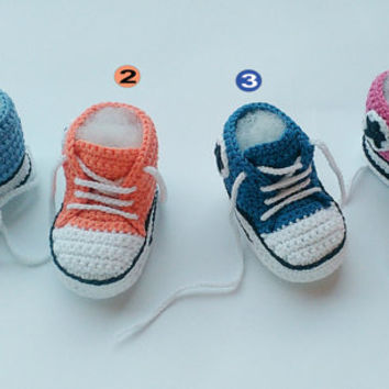 Baby crochet sneakers, Baby sneakers, Converse crochet shoes, Baby booties, Baby shoes, crochet slippers, toddler shoes