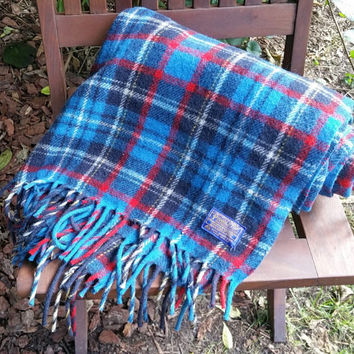 Pendleton Bright Blue Plaid Virgin Wool  Stadium Blanket