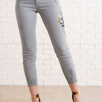 Averie Embroidered Pants (G. Mint)