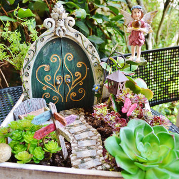 Fairy Garden PlanterKit ~ Wooden Planter ~ Herb Garden Kit ~ Fairy Door ~ Be Happy Sign or Fairy/Gnome Sign ~ Plants and Soil Not Included
