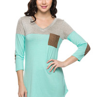 Color block elblow patch and pocket contrast top