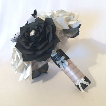 White Bridal bouquet, Black wedding bouquet, Paper flower bouquet, Fake flower bouquet, Faux flower bouquet, Feather bouquet, silk bouquet