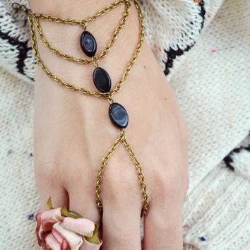 Boho Slave Bracelet Hand Bracelet Piece Ring Hipster Bronze Chain Bohemian Boho Three Black Beads Triangle Chevron Hand Jewelry