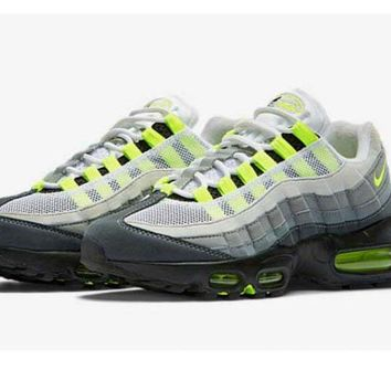 Mens Nike Air Max 95 Black Neon Gray White 5d7968fdd