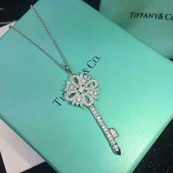 Tiffany & Co 2018 new women's fashion key necklace pendant