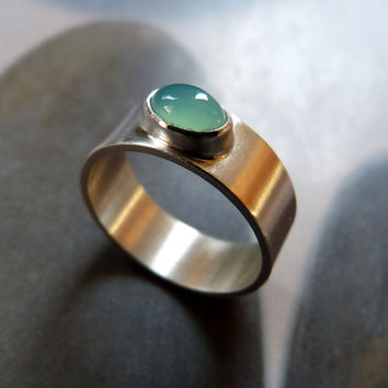 Chrysoprase silver ring, handmade metalwork ring, natural jewelry, green stone, mint stone
