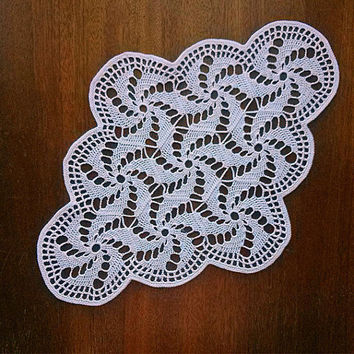 White oval doily Beautiful grandmas napkin Table crochet lace Crochet lace doilies Tabletop decor Housewares table Vintage look Pattern 1980