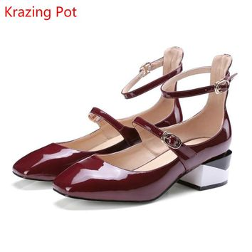 2017 Fashion Brand Shoes Patent Leather Square Toe Preppy Style Low Heel Sweet Ankle Strap party Women Pumps Mary Jane Shoes L90