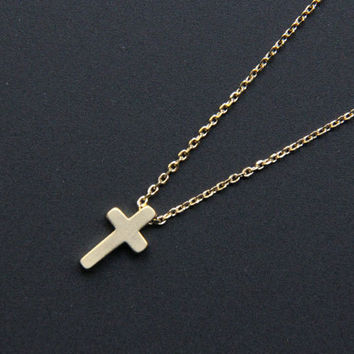 Small Gold Cross Pendant Necklace, Minimalist Gold Necklace, Everyday Jewelry, Wedding Jewelry, Bridemaids gifts, JEW000221