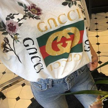 PEAPUP0 GUCCI Fashion Loose Embroidery Roses Print Shirt Top Tee1