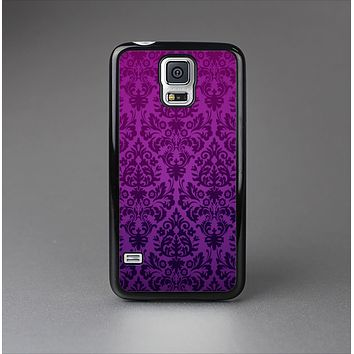 The Purple Delicate Foliage Pattern Skin-Sert Case for the Samsung Galaxy S5