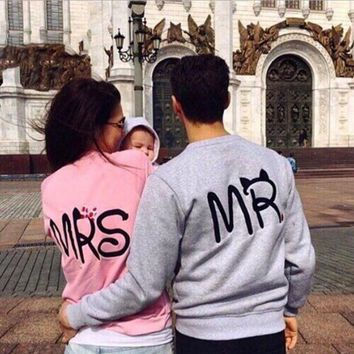 English Letters Print Round Neck Pullovers Tops Sweater