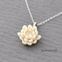 Water Lily necklace, Fower necklace, Water Lily, dainty, lotus, cream, white, cabochon, feminine, wedding, bridesmaid necklaces, gifts