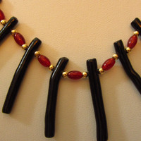 """14k Solid Gold, AAA Black Guatamalan Stick Coral, Carnelian, 14k Solid Gold Beads and Chain Necklace 18"""". 12.54g"""