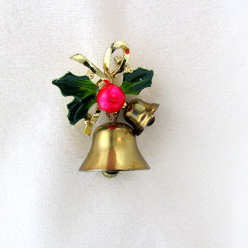 Christmas Jingle Bell Brooch Gold Tone Metal Wrapped In Holly Vintage Collectible Gift Item 2335