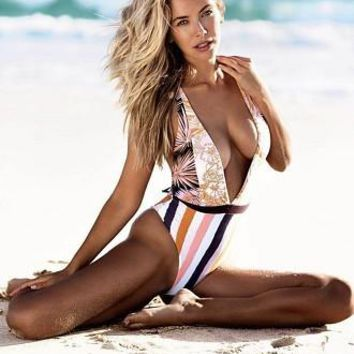 2018 Sexy V-Neck Triangle Print One Piece Swimwear