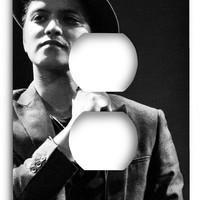 Bruno Mars 2 Outlet Cover